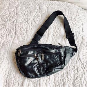Vintage 80s black leather fanny pack waist purse